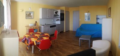 Photo for Nice air conditioned T2 in the heart of Bandol, sea view, air conditioning, parking, wifi