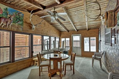 Escape to the Land of 10,000 Lakes at this vacation rental cabin!