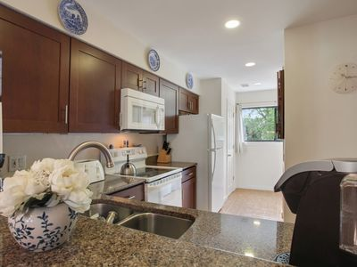 Photo for Courtside 105 - Charming Updated Forest Beach Townhouse