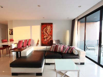 Photo for P1 Seaview 3 Bedroom Condo, Rooftop Pool