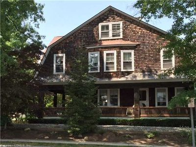 5BR  Charming Beach House with Private Beaches in Neptune Park