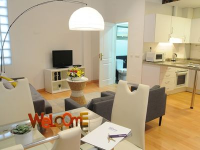 Photo for Apartment in the center of Málaga with Lift, Internet, Air conditioning (723008)