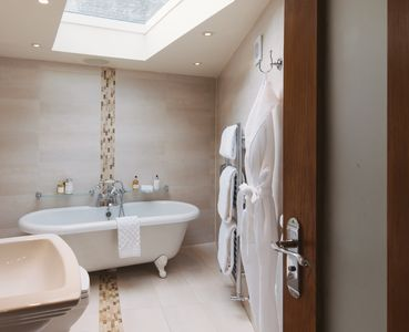 Stunning master bathroom en suite