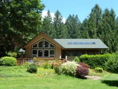 Our Mckenzie Paradise--Best River Front & Your Own Park! Apt.Rented Separately.