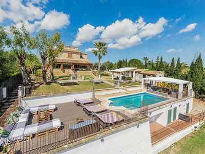 Photo for Villa Alejandra provides wonderful holiday accommodation on the border of Alcudia and Puerto Pollensa and easy access to the many amenities, restaurants and beaches of both these popular resorts.