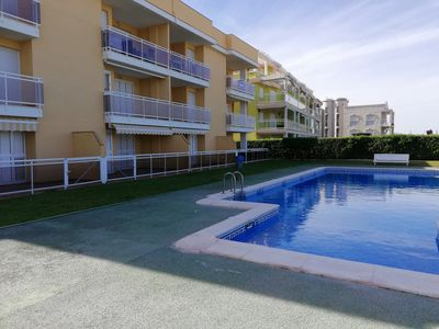 Photo for Ground floor on the seafront with access to the pool and A.C.!