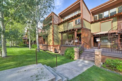 Located inside the Tamarron Lodge, this condo is perfect for a year-round escape
