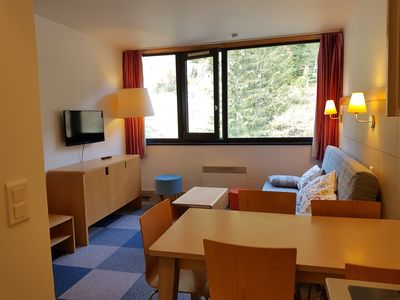 Photo for Flat 2 rooms 5 people - at the foot of the slopes - Last floor