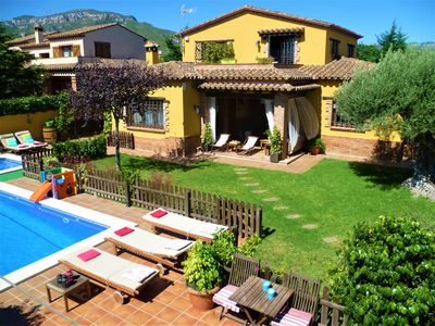 Photo for Beautiful and quiet villa near beach. Large garden, fenced pool and barbecue