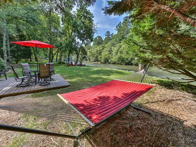 Edgewater Dreams- Sits right on the banks of the Coosawattee River!