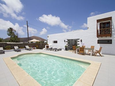 Photo for Modern & Deluxe Rubicon Cottage, Solar Pool, 10mins drive to Stunning Beaches