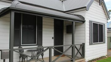 Search 350 holiday rentals