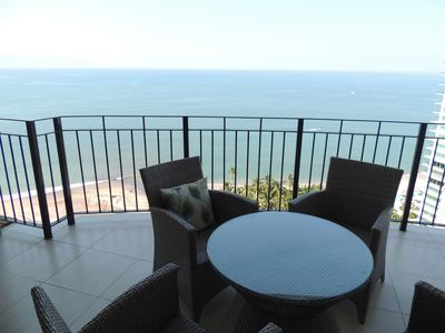 Photo for Ocean View Condo   Infinity Beachfront Pools, Private Beach Access