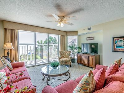 Photo for Crescent Shores 104, 2 Bedroom Beachfront Condo, Hot Tub and Free Wi-Fi!