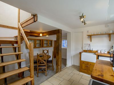 Photo for Cosy cottage in the heart of the Bailgate