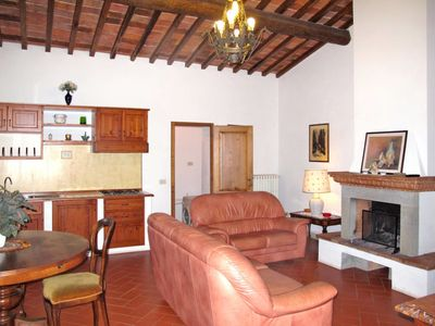 Photo for 6 bedroom Villa, sleeps 12 in Fattoria Montecchio with Pool and WiFi