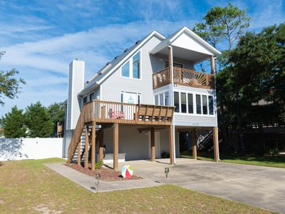 """Photo for """"Finding Marlin"""" Private Pool, Hot Tub, Walk or Bike to Beach, Sound Views"""