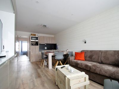 Photo for APARTMENT T2 + CABIN 6 people, 3 stars, Tignes