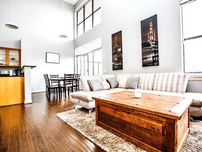 Photo for STUNNING UPTOWN 2 BEDROOM LOFT 5 MINS TO DOWNTOWN