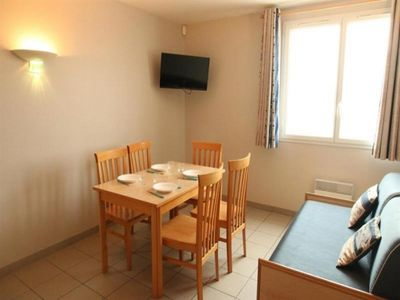 Photo for Apartment La Tranche-sur-Mer, 1 bedroom, 5 persons