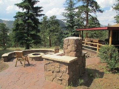 Photo for Romantic Ranch House, 2 King Suites, Hot Tub, Fire Pit, 2+ Acres, Big Views!