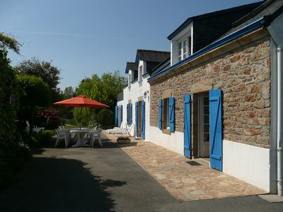 Photo for House / Villa - Elliant - 11 pers +1 baby- near beaches south Brittany