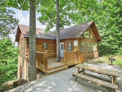 Photo for Convenient location, 2 Bedroom, 2 Bath Cabin - Away from it all!