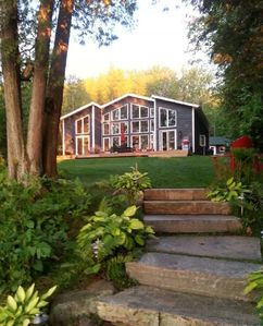 Photo for Private Lake Front On Lake Of Bays - Ontario