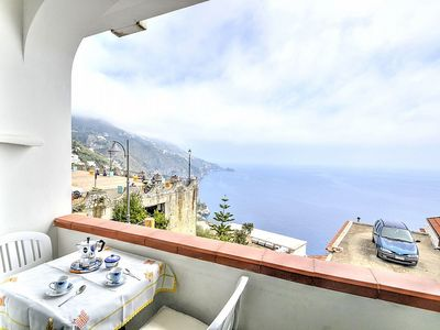 Photo for Casa Piersilvia C: A graceful apartment which faces the sun and the sea, with Free WI-FI.