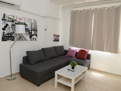 Photo for COZY APARTMENT IN THE HEART OF FLORENTIN WITH FREE NETFLIX-11