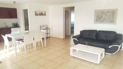 Photo for Aleria, pleasant air conditioned T3 with large terrace