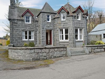 Photo for 4 bedroom property in Lairg.