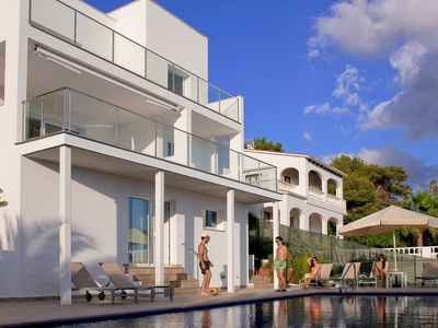 Photo for Luxury villa, spectacular views, private pool, A / C, 500 mts from the beach
