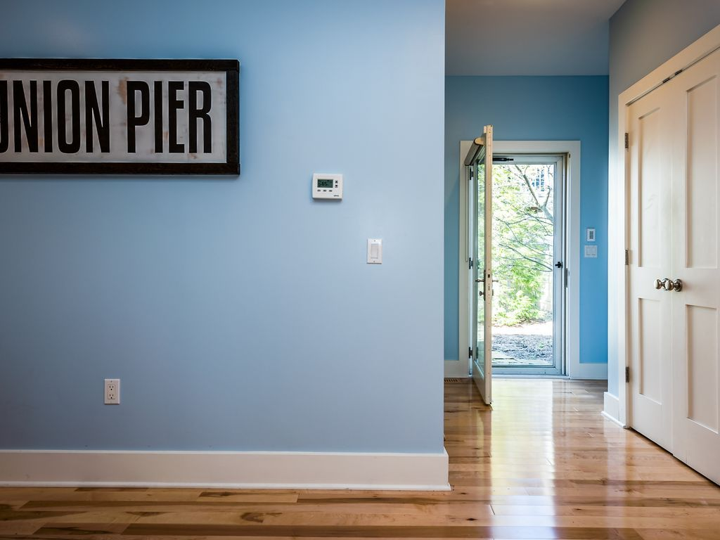 Union Pier Condo with Heated Pool, Close to Beach and Downtown! (Now Offering Four Night July 4th Stay!)
