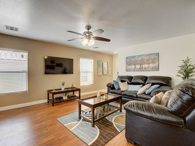 Photo for Beautiful & Cozy Home In Las Vegas! Close Strip/Airport