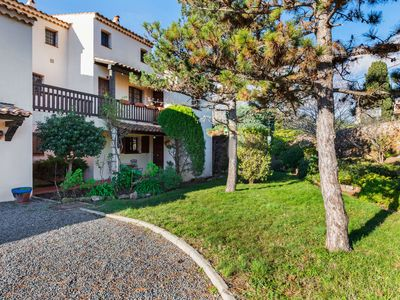 Photo for Picturesque Apartment in Saint-Raphael with Balcony