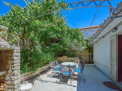 Photo for Vacation home Dubravka in Cres/Osor - 6 persons, 2 bedrooms