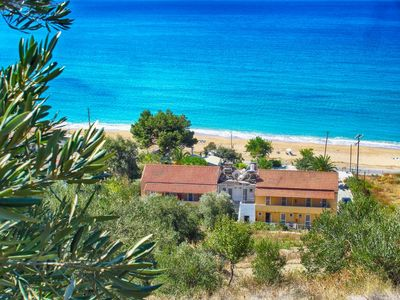 Photo for 1BR Apartment Vacation Rental in Agios Georgios