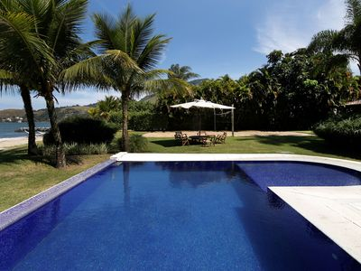 Photo for Ang027-Luxurious front sea property in Angra dos Reis