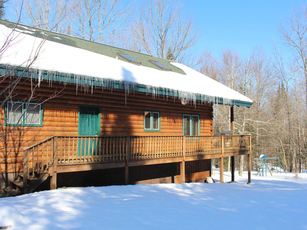 Ideal Mountain Country Log Home Central To All Nh S White Mtn Attractions