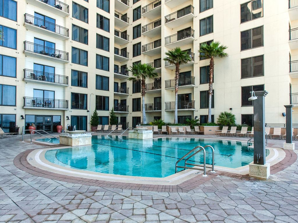 2 Gulf-Front Units w/ 3BR Total - Private B... - VRBO