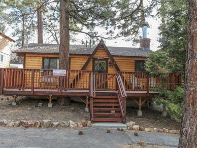 Photo for The Cuddle Inn - 2BR/1BA/WiFi/Netflix/FREE 2 hour Bike/Kayak Rental