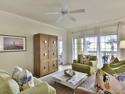 Photo for The Dawn 225-Vista Perfecta is just that - front facing unit with 2 bedrooms and 2 baths - full Gulf of Mexico View - sleeps 4.