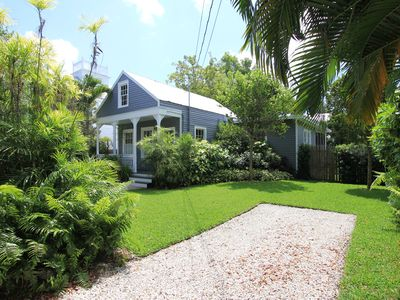 Photo for Pet Friendly Cottage; Private Yard; Heated Pool Screened Porch; Casa Marina Area