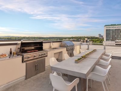 Photo for Comfortable Club Wyndham Austin, 1 Bedroom Deluxe Suite sleeps Four, A Five- Minute Walk to Delectable Restaurants