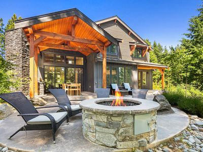 Photo for Stunning Golf Course home in Suncadia! Hot Tub | Fire Pit | Game Room