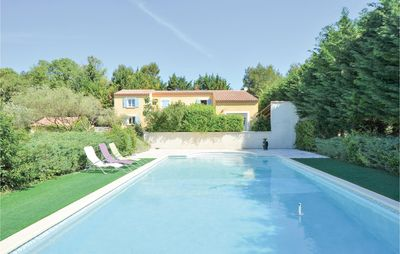 Photo for 2BR House Vacation Rental in Nîmes