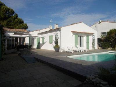 Photo for Villa - Heated Pool - Garden - Terrace - Beach - Internet - Ile de Ré