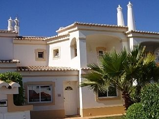 Luxury Link Villa With Shared Pools Portimao