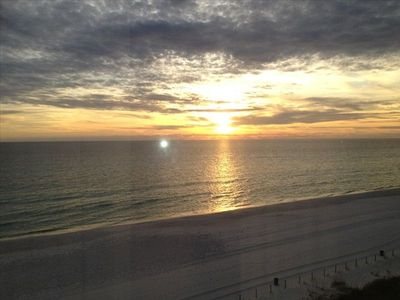 Photo for Summer dates open! Tower 2 6th floor. Clean. Gulf Front 1BR Deluxe